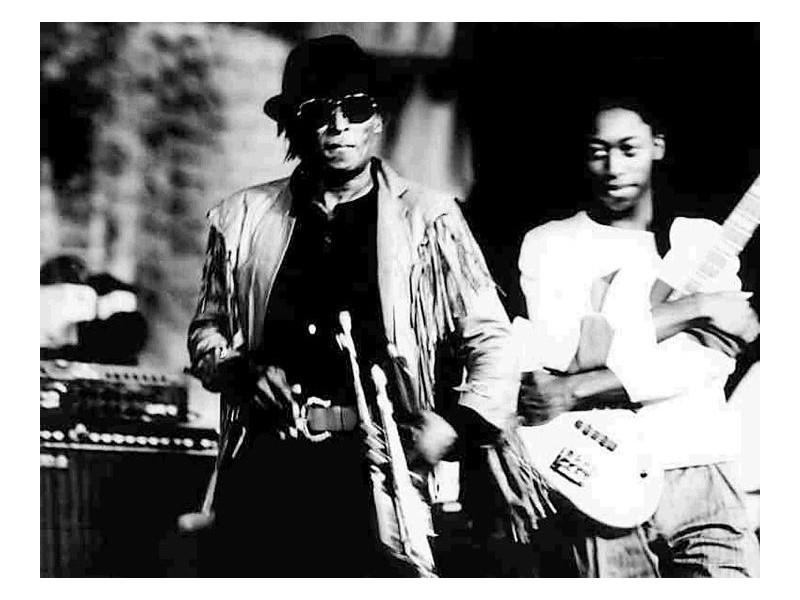 miles_davis_na_jazz_jamboree_1983_obok_d